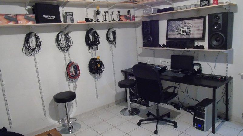 studio 66 studio d 39 enregistrement semi professionnel pour jeunes artistes genval 1332. Black Bedroom Furniture Sets. Home Design Ideas