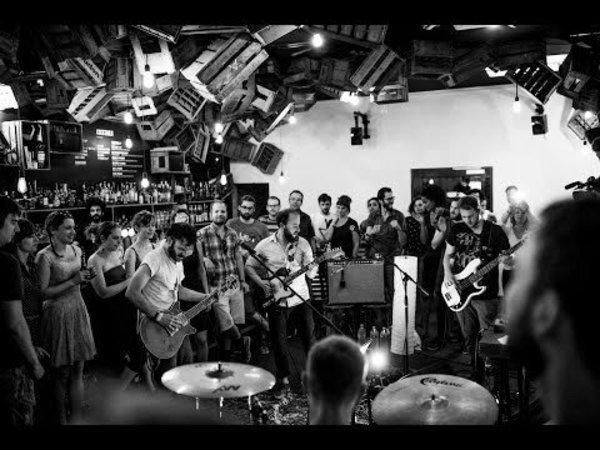 Cherche musiciens pour partager local