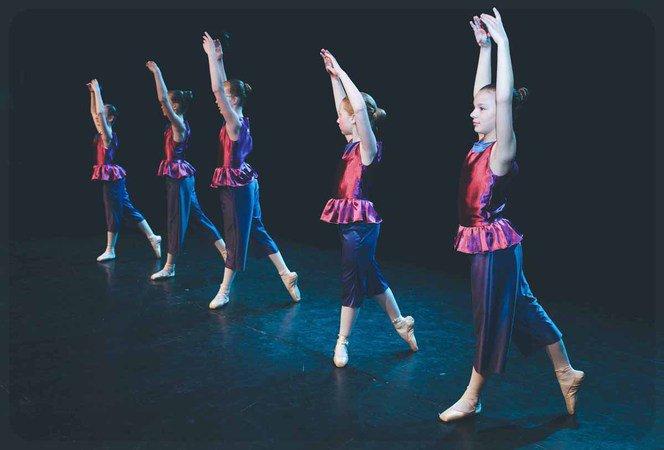 ecole de danse du condroz cours de danse classique modern jazz contemporain tavier 4163