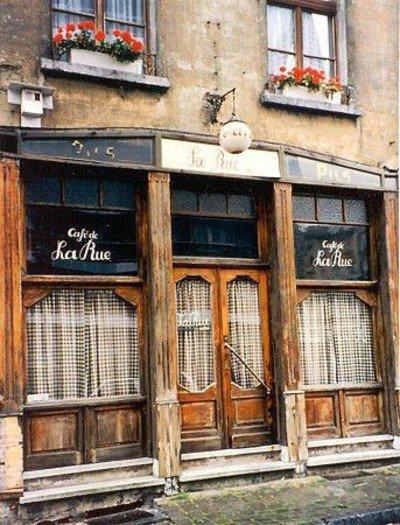 Café de La Rue, petit lieu authentique des années 30