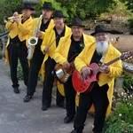 MACADAM'S - Street Band
