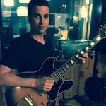 Bastien Jeunieaux - Cours de guitare pour élève de tout âge de niveau débutant à avancé